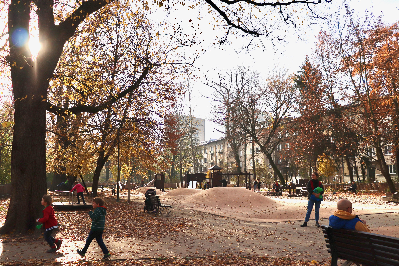 plac zabaw w Parku Krakowskim