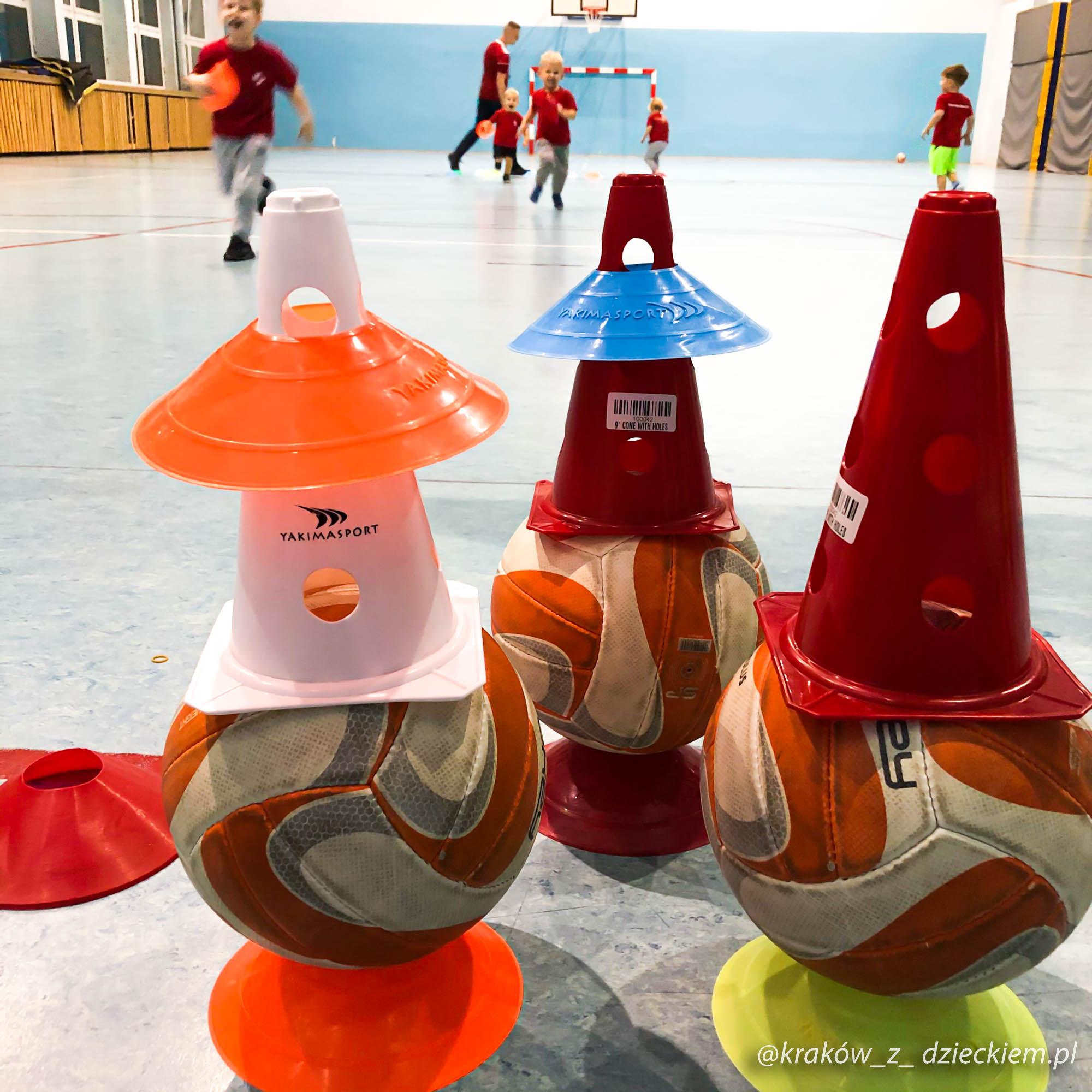 piłka nożna zajęcia