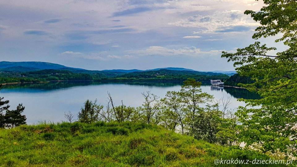 dobczyce widok na jezioro