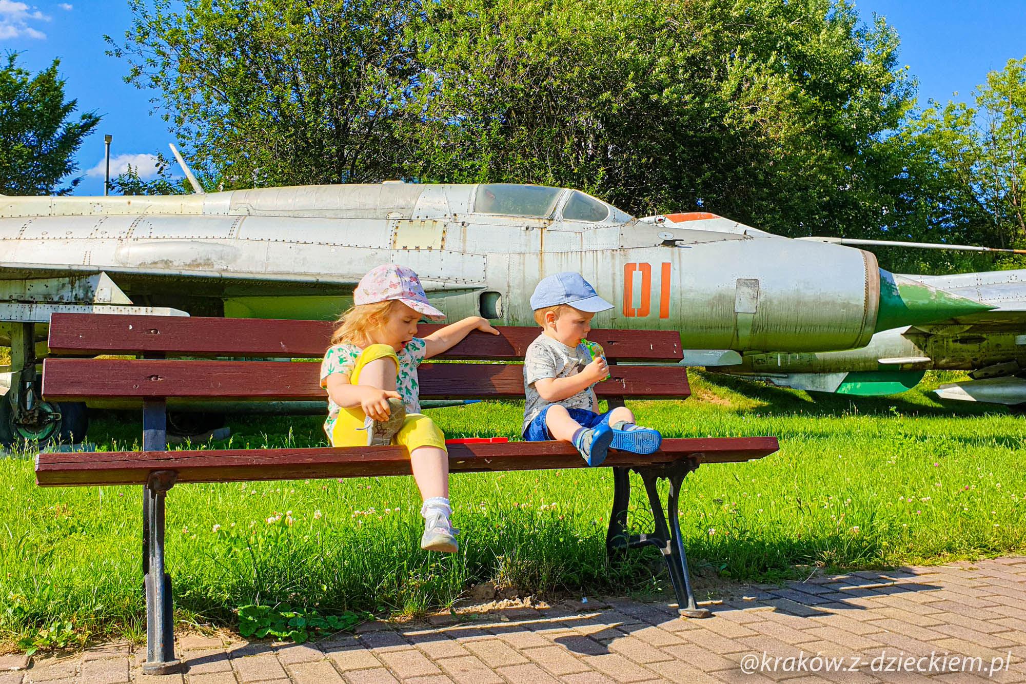 dzieci, muzeum lotnictwa