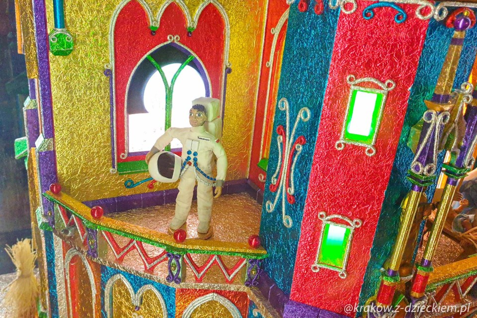 astronauta w szopce