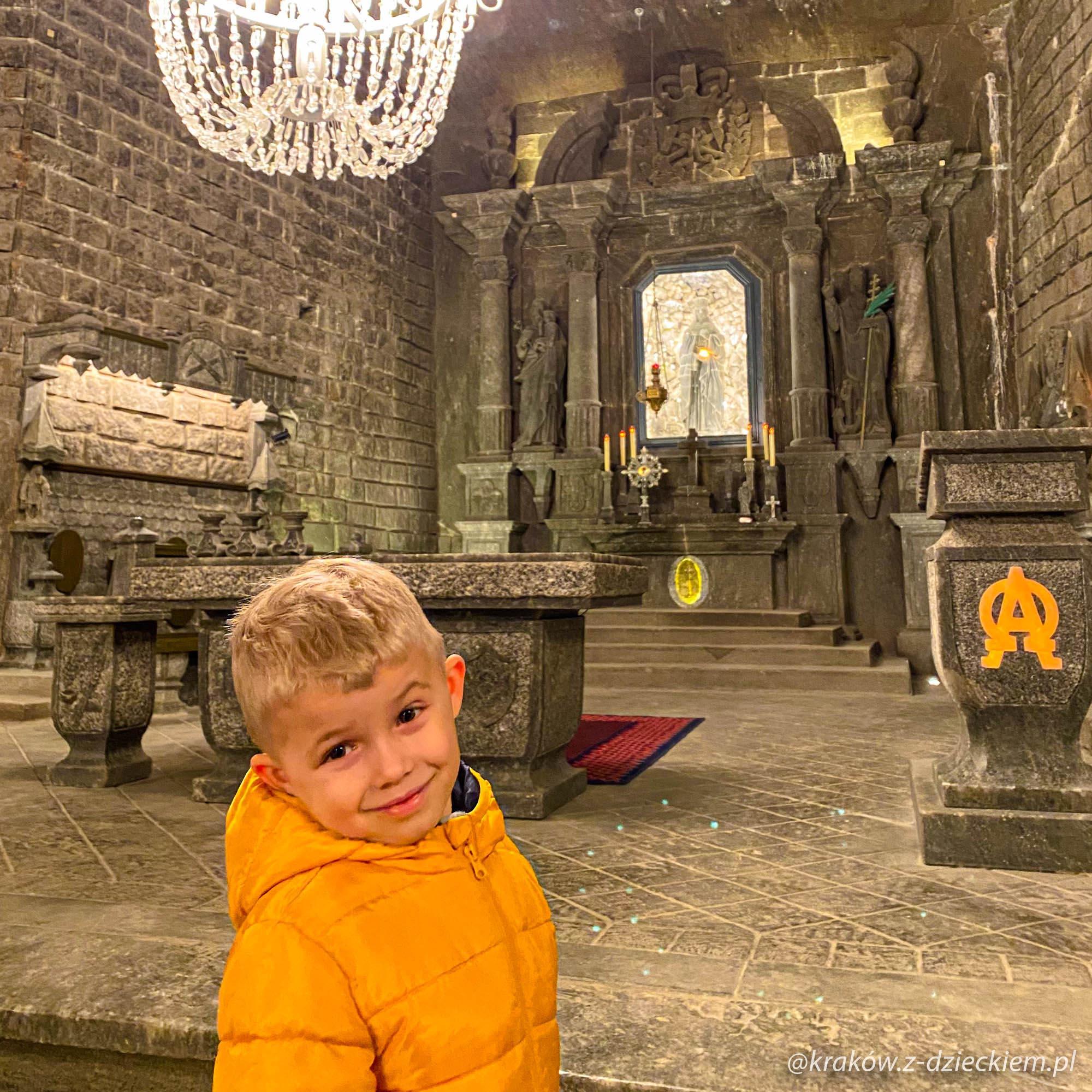 kopalnia soli w Wieliczce z dzieckiem