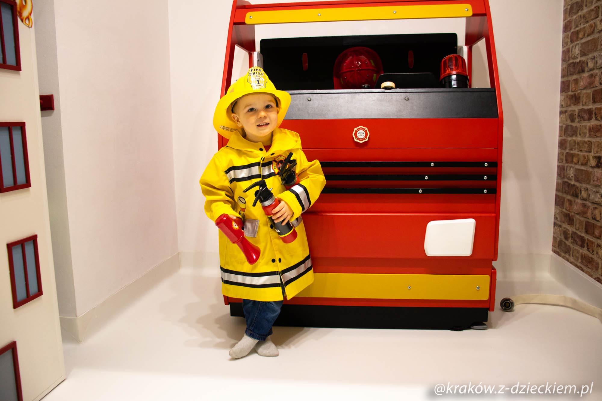 strażak dziecko
