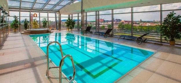 hotell med badebasseng