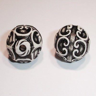 ethnic bead zwart rond 18 mm