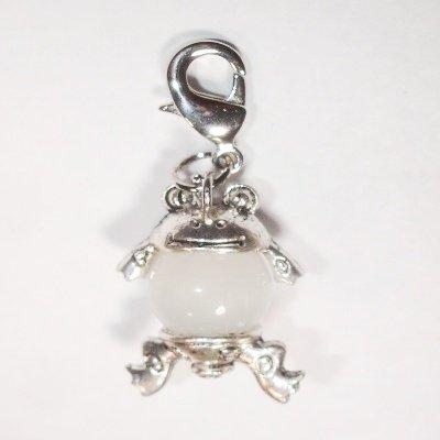 Easy Charm kikker met glaskraal wit 37x15 mm