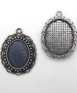 Baroque metaal setting voor ovaal cabochon van 13x18mm Maat: ca. 30 x 25 mm Kleur: Antiek zilver (nikkelvrij)