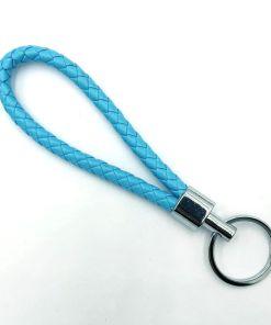 Gevlochten sleutelhanger van kunstleer blauw