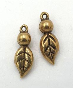 Metallook bedel blaadje oud goud 22x6mm
