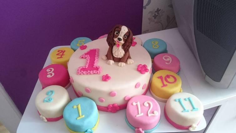 Dort s pejskem a mini dortíky