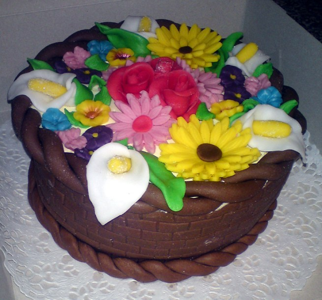 Narozeninový dort s květinami