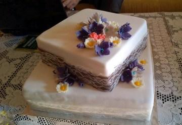Netradiční svatební dort