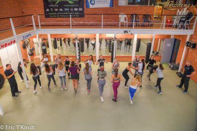 krav maga bruxelles cours pour les candidates miss belgique en ligne mise en pratique des coups de pieds frontkick tout les filles cours auto défense femme