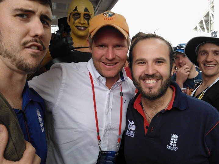 Stop Hogg-ing our cap! England legend Matthew Hoggard hangs out with The Road