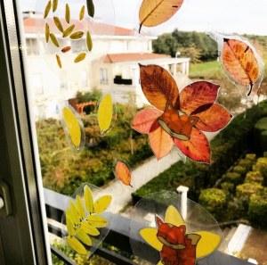 Décoration de fenêtre d'automne