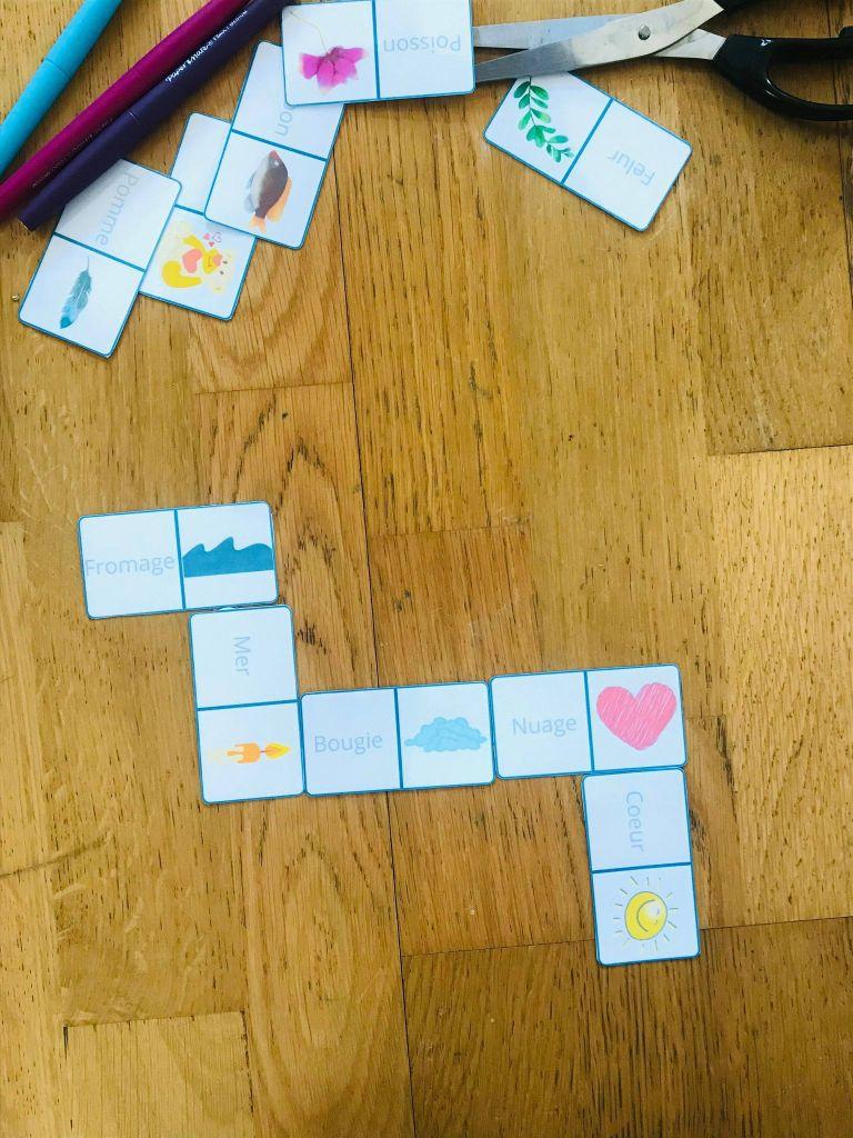 Jeu de lecture les dominos