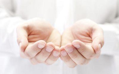 Domowe sposoby na pękające dłonie