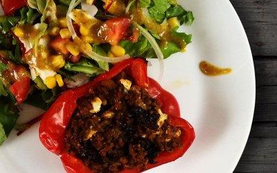 Papryka faszerowana mięsem mielonym i serem feta