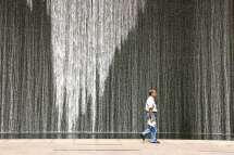 Singapore - Water Art and The Man