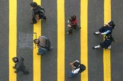 Street Photography - Hong Kong - Crossing the Street