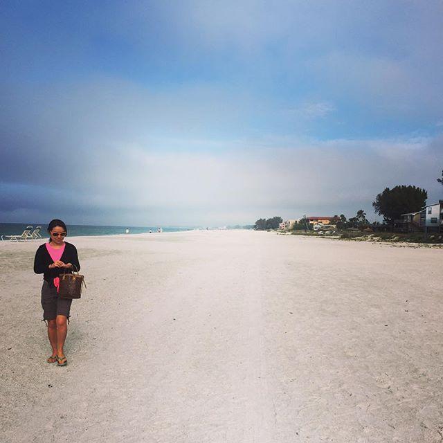 We just love the beach so much #annamariaisland #florida #leavingflatbush