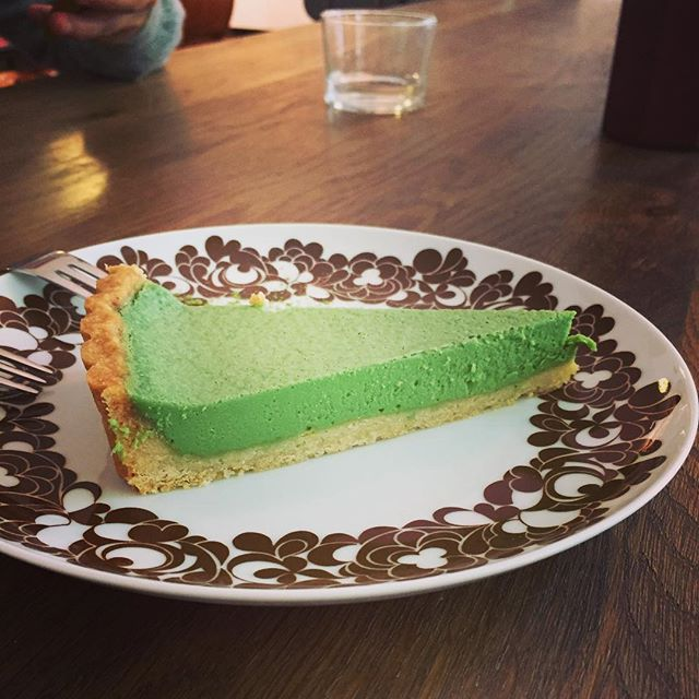 Japanese lunch, had to have the match cheesecake for dessert #match #greeteacheesecake #japanesefood #berlin