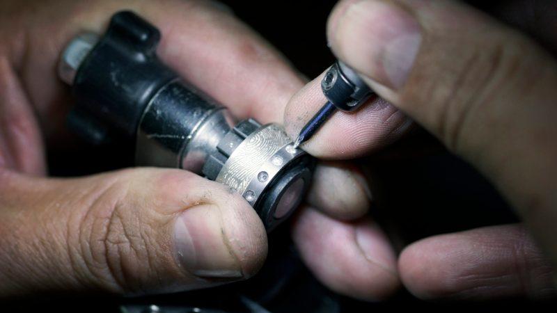 Tantal Ring - Ringe Schmuckerzeugung Fertigung Tantal Platin Ring beim Salzburger Juwelierwaren KREMO kreativ modern Juwelier Salzburg Tantal Ringe Tantalum Trauringe sind einfach etwas Besonderes… 06