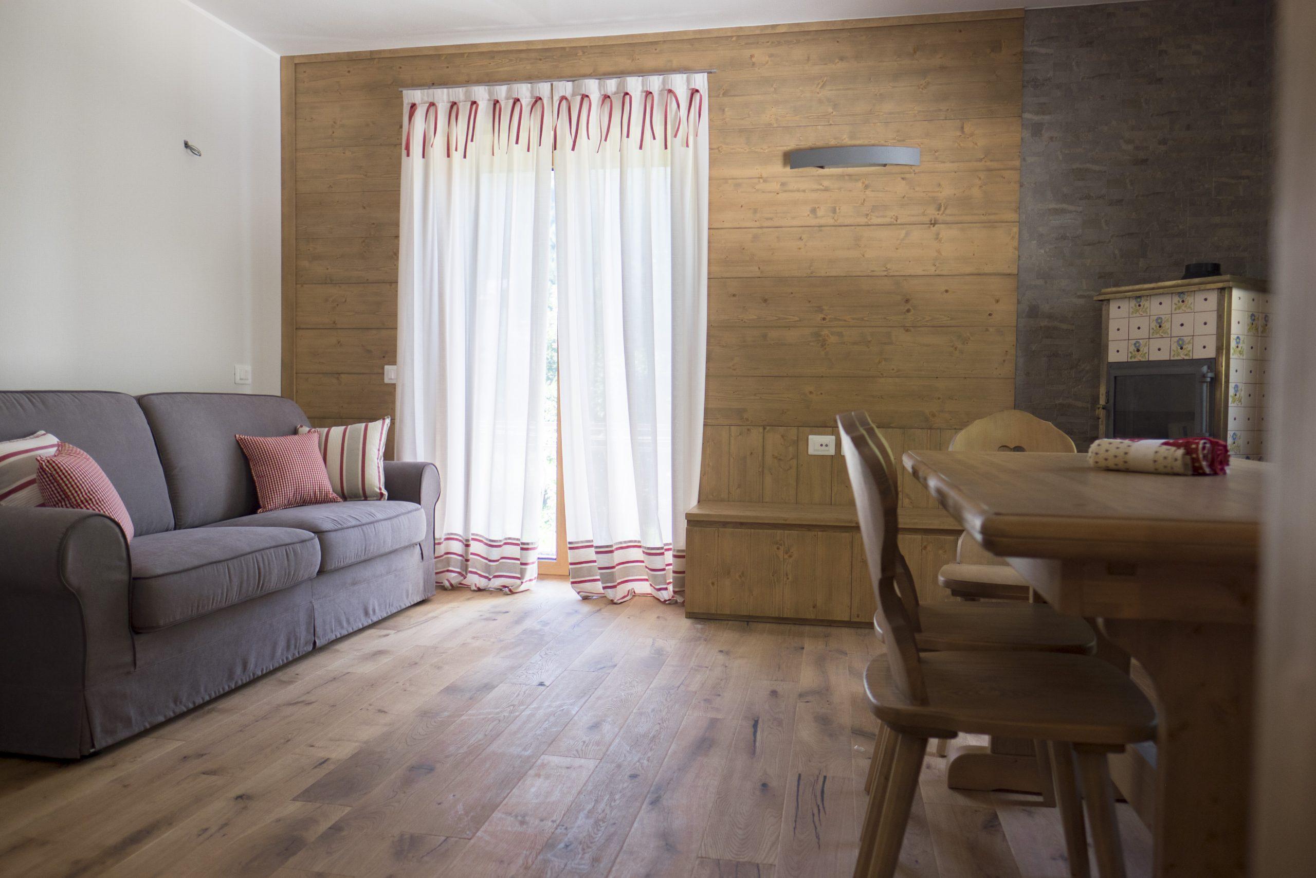 Il tendaggio rende più bella la tua casa! Tende E Complementi Per Casa In Montagna Kreo Tende
