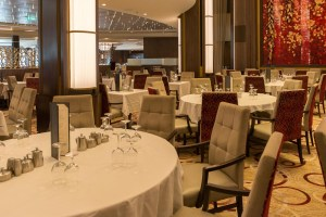 Hauptrestaurant der Symphony of the Seas