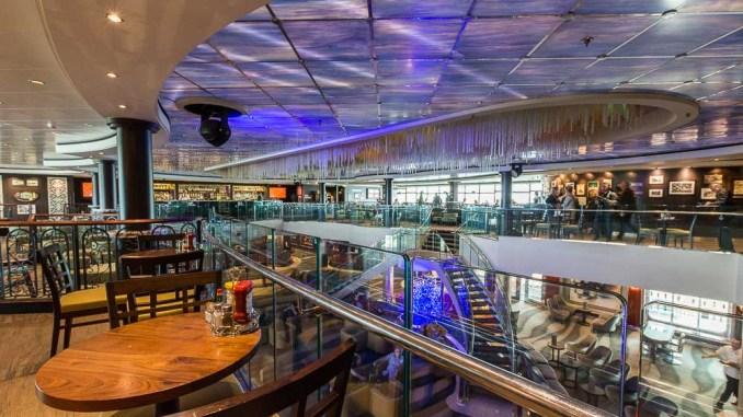 O'Sheehan's und Atrium der Norwegian Pearl