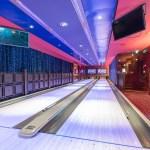 Bowlingbahn in der Bliss Ultra Lounge