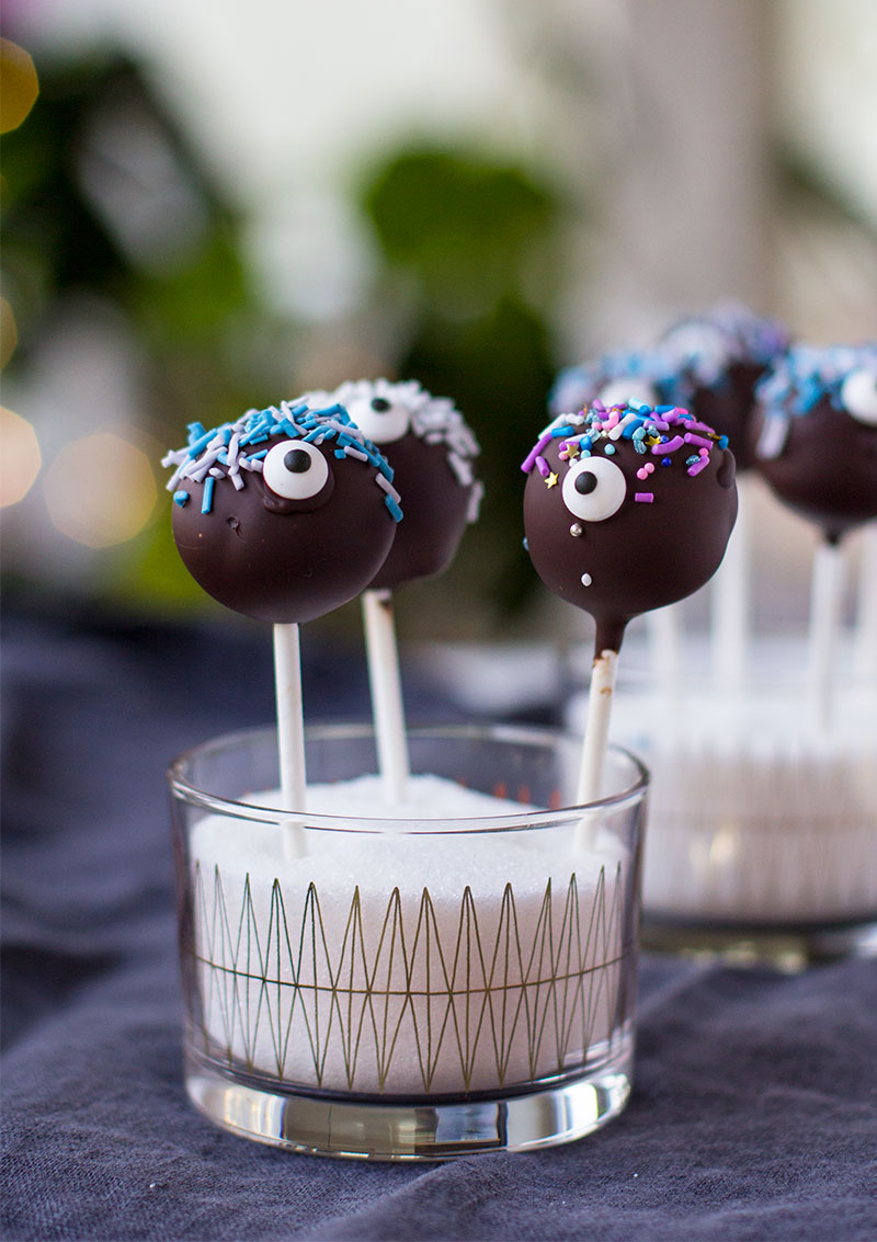 Cake pops-monster