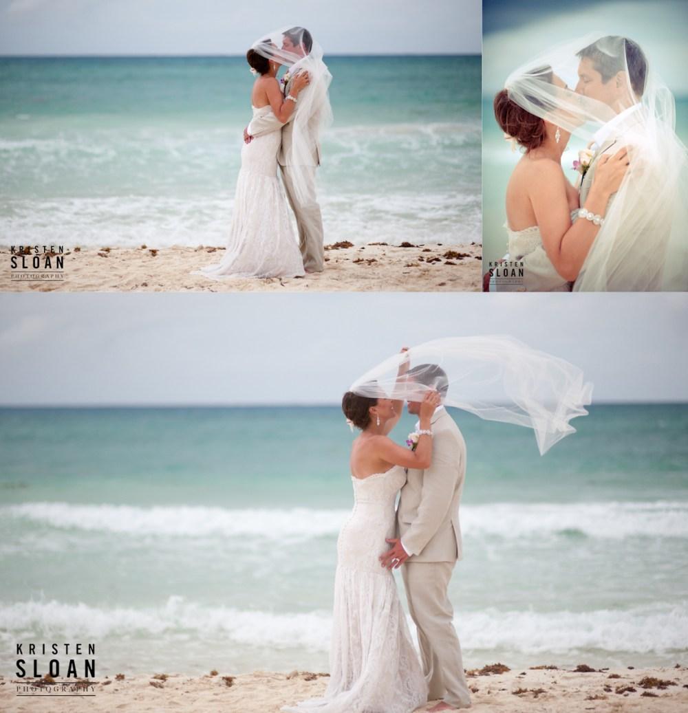 mexico beach wedding photos playa del carmen kiss