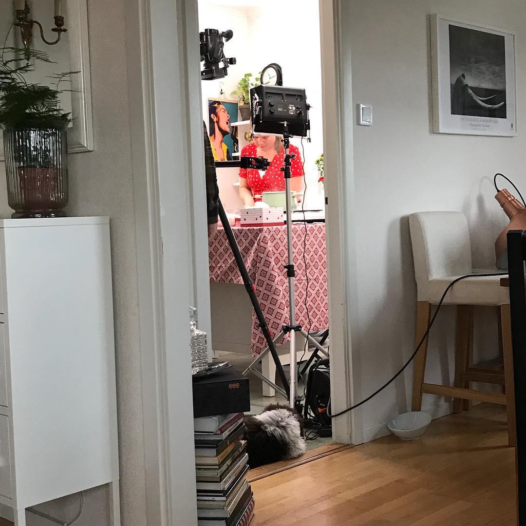 Köket blev till filmstudio än en gång. @couvert.se gör film med @squidpop_produktion till @frebaco_kvarn