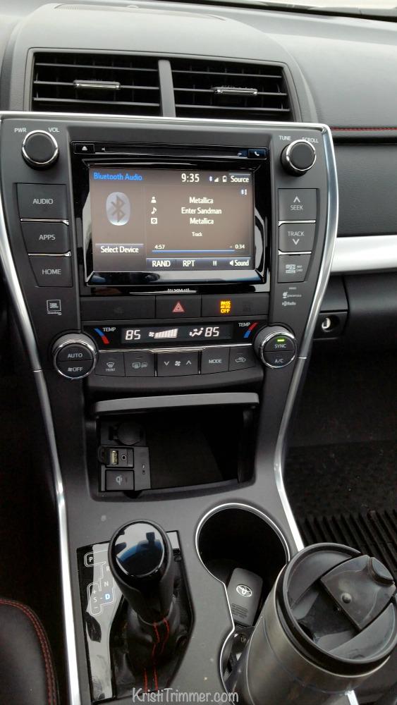 Toyota Camry 6