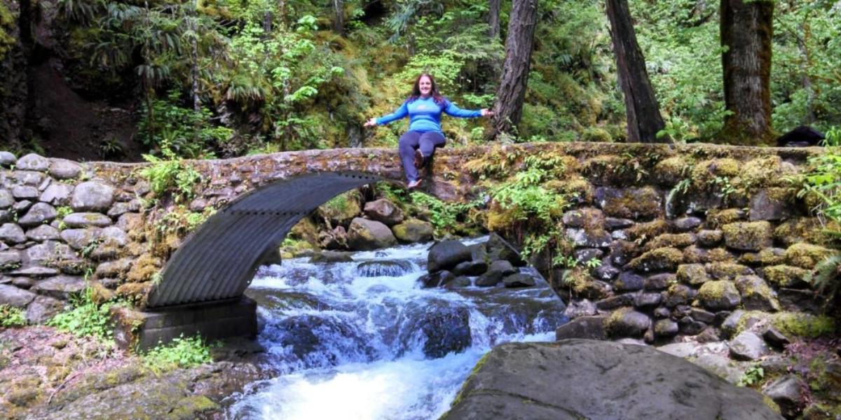 Multanomah Falls Oregon on the Bridge