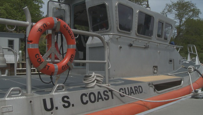 thumbnail_coast-guard_WPRI_362062