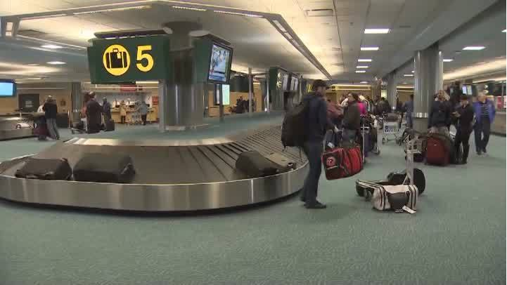 VIDEO: Passenger burned after cellphone catches fire on Air Canada flight