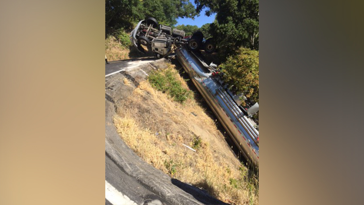 Overturned big rig closes Lucas Valley Road in Marin County