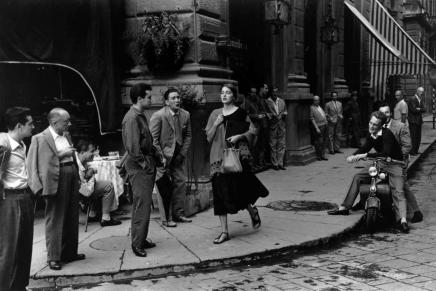 Is deze foto van Ruth Orkin geënsceneerd?