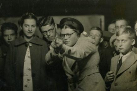 Ria van Dijk legt zichzelf vast op schiettentfoto's