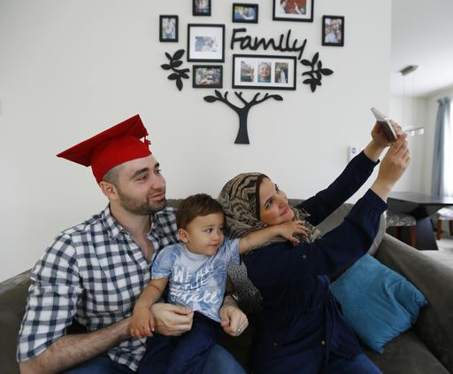 Mohamad Bassel Khair, Lama Alassil, Sami Khair_373814
