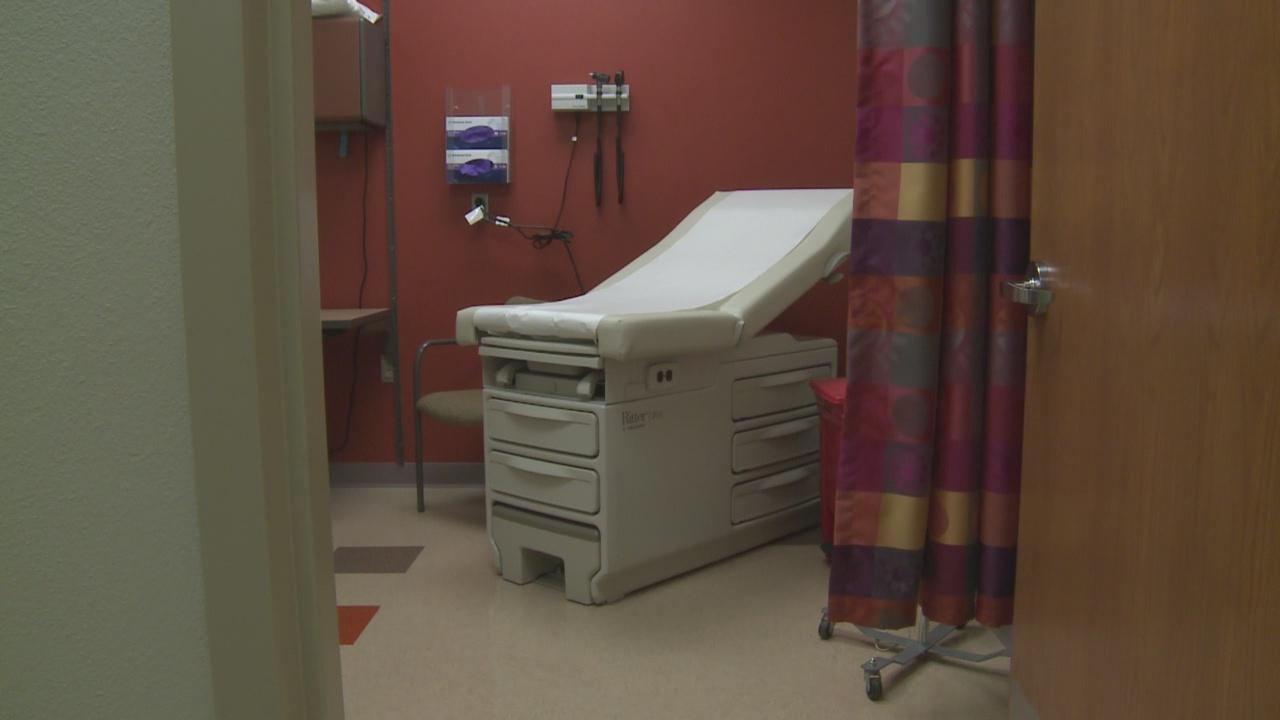 hd doctor office_304096