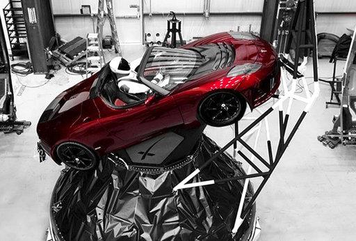 SpaceX Starman_785642