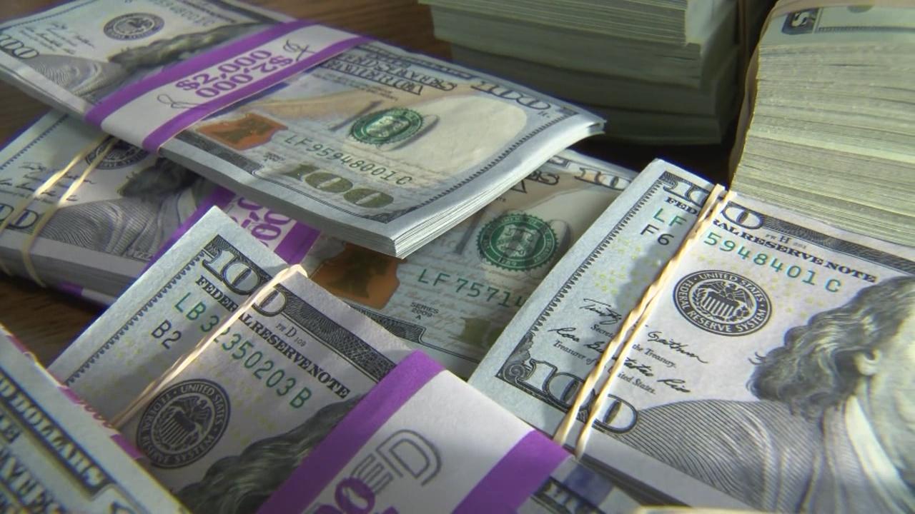 money_385733