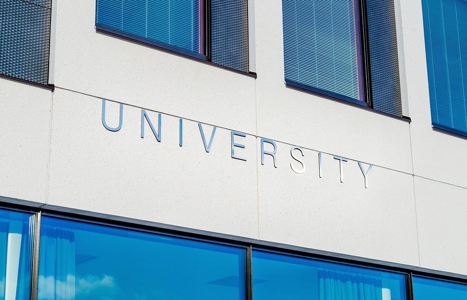 university-2119707_960_720_1536596905032-873702560