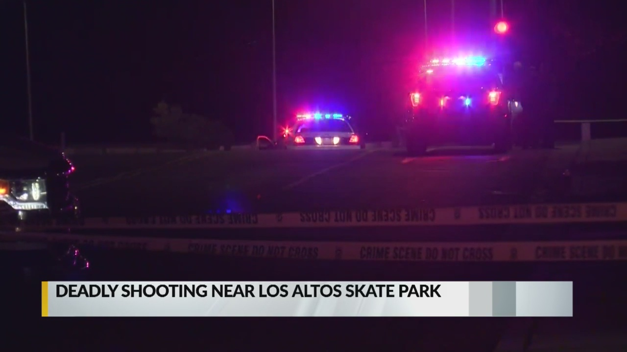 Police responding to fatal shooting near Lomas and I-40_1555395670451.jpg.jpg