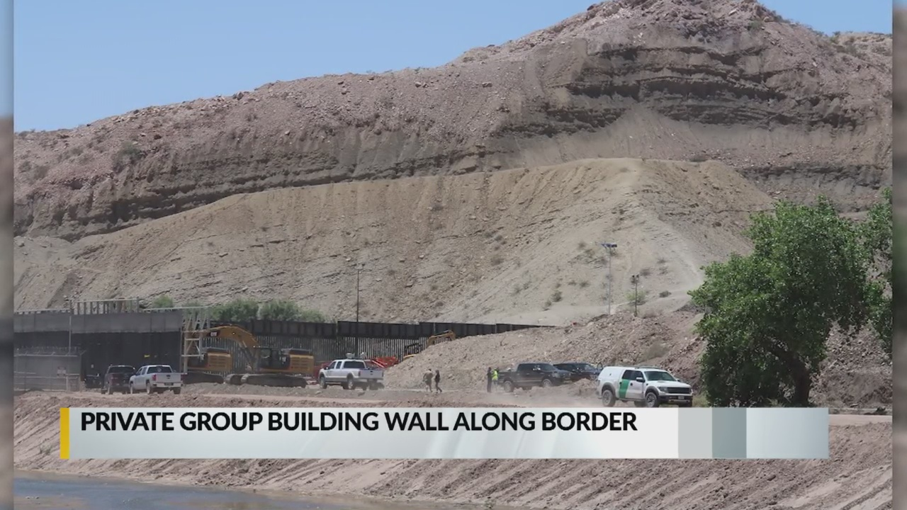 Group vowing to build border wall puts up New Mexico segment_1559016701440.jpg.jpg
