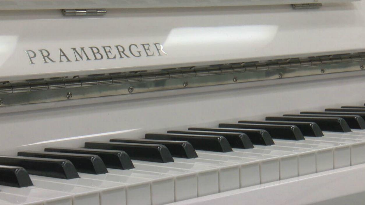 piano_1559955587465.JPG