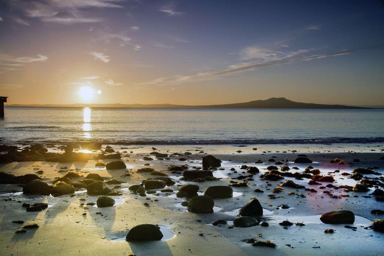 sun-rise-661547_1280